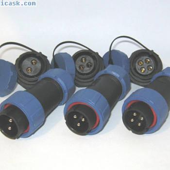 SP21面板安装IP68防水插头和插座连接器500V / 30A多极