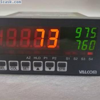 VALCOM F34G1-SR1SMS数字彩色面板仪表通电测试