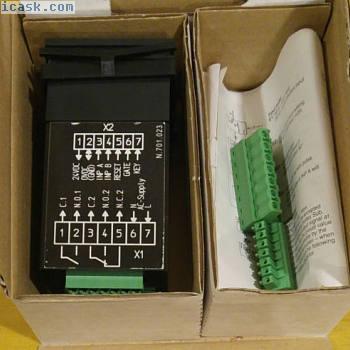 6.907.0100.3A0 Kubler 12位LCD数字计数器5 kHz 10 ... 30 VDC